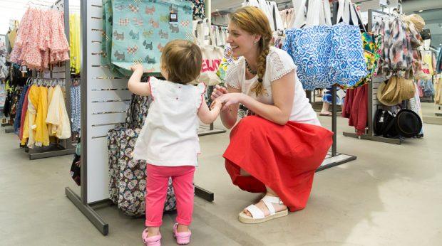 shopping ovs saldi mamma bambina